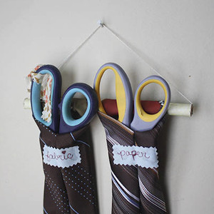 Sever Ties Scissor Holder
