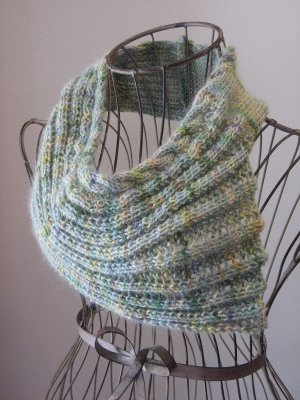 She Sells Seashells Cowl
