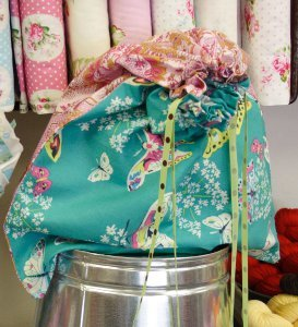 Fabulous Fat Quarter DIY Bag