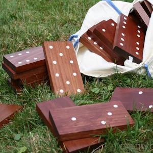 DIY Outdoor Dominoes