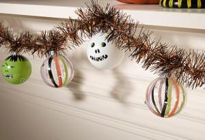 Frightening Halloween Garland