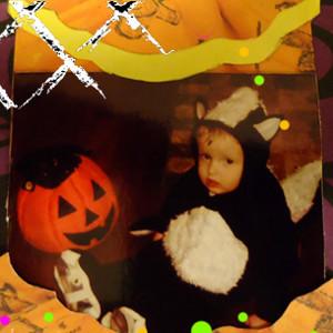 Scrapbook Pic-in-a-Pumpkin