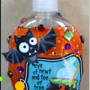 Batty Halloween Soap Pump