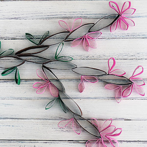 Sun Flower Crafts With Toilet Paper Rolls With White Paint