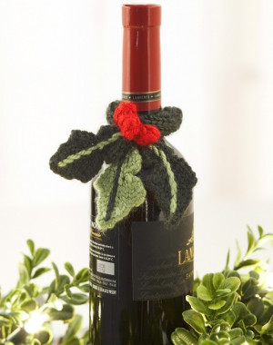 Holly Garden Wine Topper