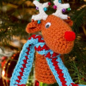 Blitzen Crochet Bottle Top