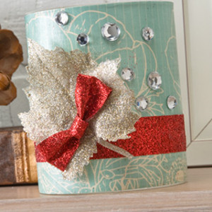 Easy Vintage Christmas Luminary
