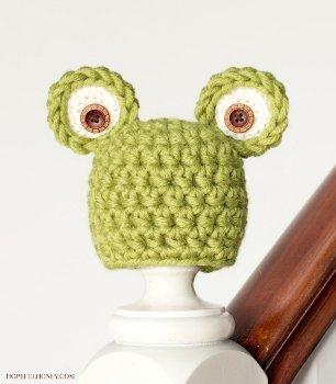 Free Crochet Pattern Newborn Frog Hat : Baby Frog Crochet Hat AllFreeCrochet.com