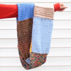 Free Knitting Patterns For Leftover Sock Yarn : Leftover Yarn Infinity Scarf