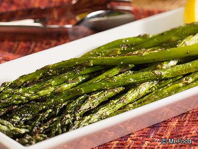 Simple Roasted Asparagus | mrfood.com