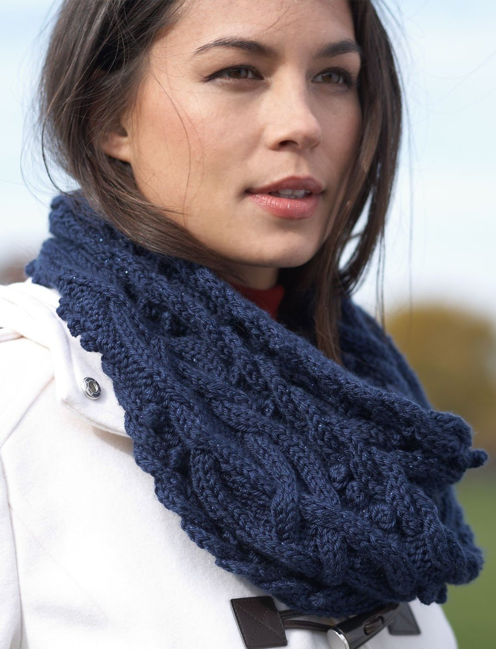 Free Knitting Patterns For Cabled Cowls : mystic-vines-cable-cowl-IR_ExtraLarge1000_ID-764443.jpg?v=764443