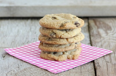 Mrs. Field's Copycat Chocolate Chip Cookies