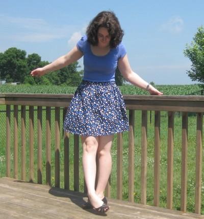Elastic Waistband Skirt