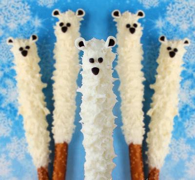 Yummy Polar Bear Pretzel Pops