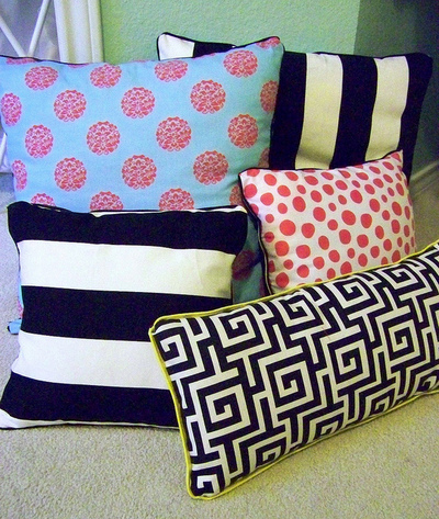 How To Make A Throw Pillow Without Sewing : DIY No Sew Pillows AllFreeSewing.com