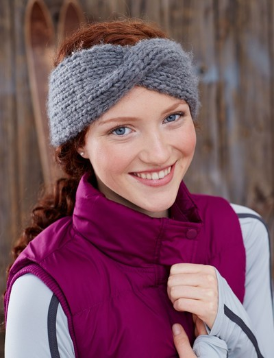 Free Knitting Pattern Twisted Headband : Twisted Sister Headband AllFreeKnitting.com