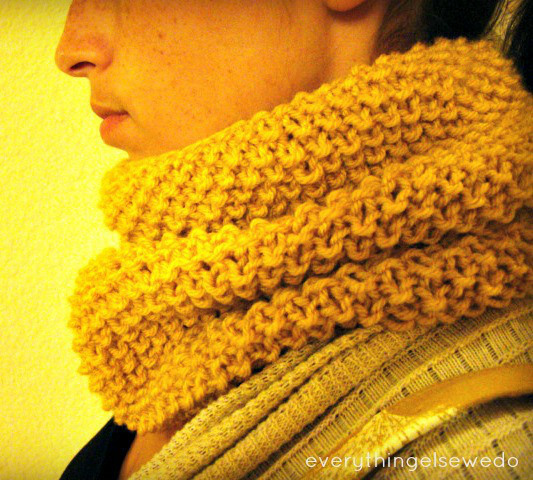 Knit Cowl Pattern Worsted Weight : Mustard Seed Cowl AllFreeKnitting.com