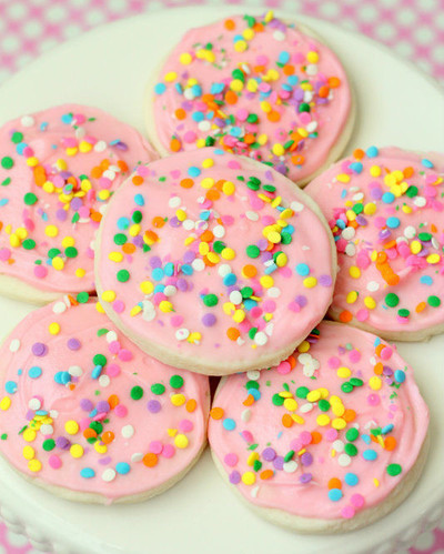 Copycat Grocery Store Sugar Cookies