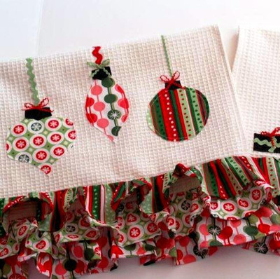 Retro Christmas Dishcloths