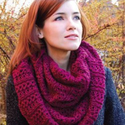 39 Infinity Scarf Patterns to Knit Today AllFreeKnitting.com