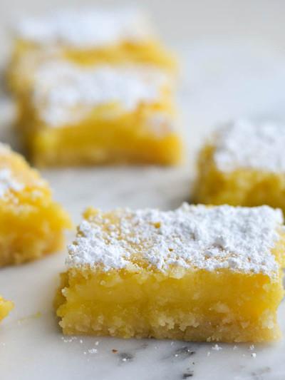 Ma's Classic Lemon Bars | TheBestDessertRecipes.com
