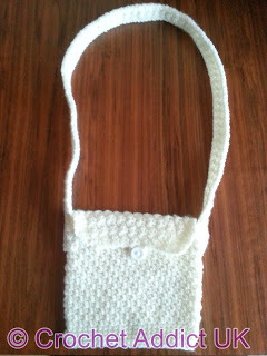 http://d2droglu4qf8st.cloudfront.net/2014/12/204018/crochet-shoulder-bag2_Medium_ID-823969.jpg?v=823969