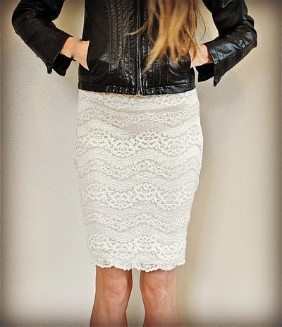 Elizabeth Taylor's Favorite Lace Skirt