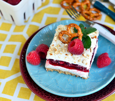 Whipped Cream Raspberry Pretzel Salad