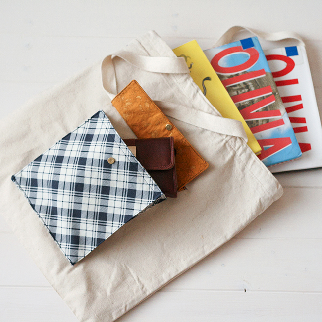 Add a Pocket DIY Tote