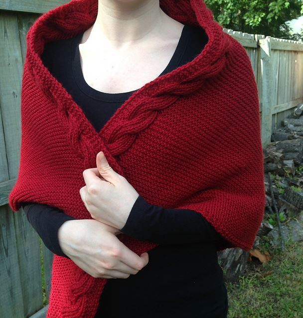 Easy Knitting Pattern For A Shawl : Little Red Riding Hood Easy Knit Shawl AllFreeKnitting.com