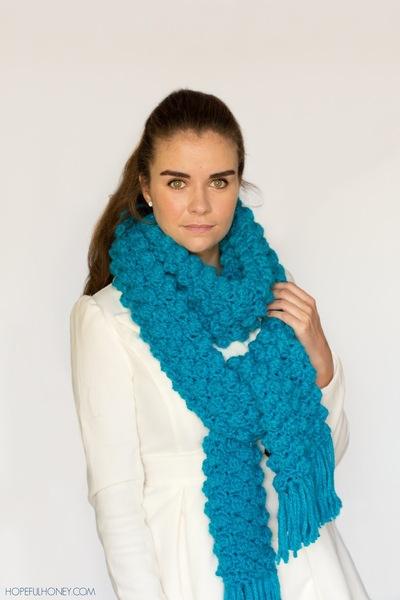 http://d2droglu4qf8st.cloudfront.net/2015/02/206854/Chunky-Popcorn-Scarf-Crochet-Pattern-6_Large400_ID-856221.jpg?v=856221
