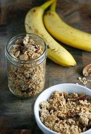 Healthy Quinoa Granola