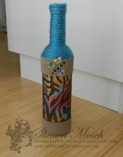 Rhinestone embellished diy wine bottle craft for Bottle craft