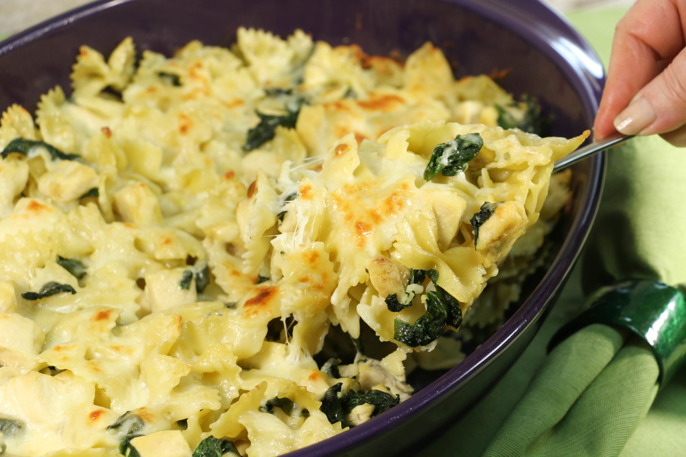 cheesy-spinach-baked-chicken-casserole_ExtraLarge1000_ID-885557.jpg?v ...