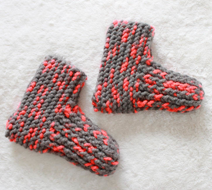 Knitting Slippers For Charity : Snow day knit slippers allfreeknitting