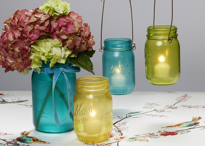 http://d2droglu4qf8st.cloudfront.net/2015/04/216507/Quick-Colorful-Mason-Jar-Craft_2_ArticleImage-CategoryPage_ID-948263.jpg?v=948263
