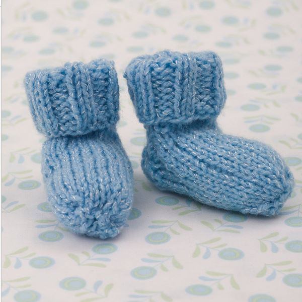 Knitting Pattern Baby Booties Free : Shimmery Simple Knit Baby Booties AllFreeKnitting.com