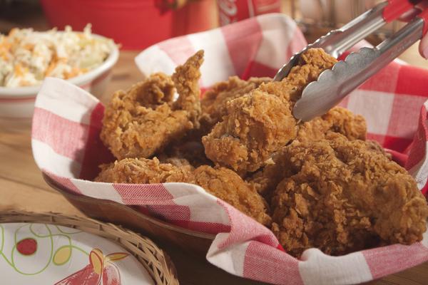 Extra Crispy Fried Chicken   mrfood.com