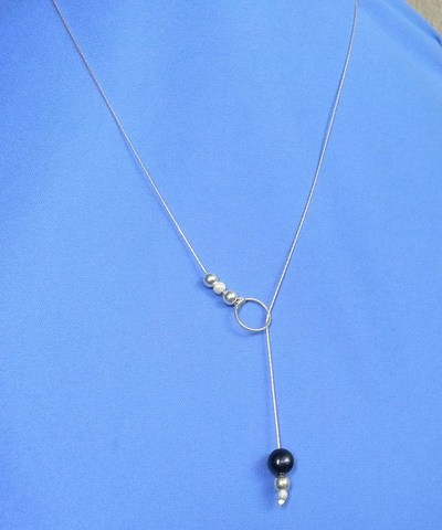 http://d2droglu4qf8st.cloudfront.net/2015/04/218291/no-clasp-pearl-necklace_Large400_ID-969650.jpg?v=969650