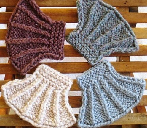Seashell Knitting Pattern : Seashell Knit Coasters AllFreeKnitting.com