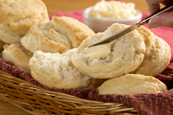 Old Fashioned Buttermilk Biscuits | mrfood.com