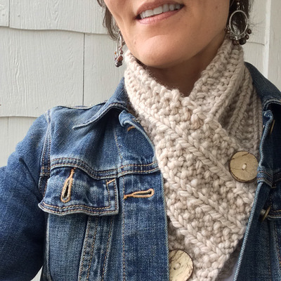 Free Knitted Neck Warmer Patterns : Toasty Warm Knit Neck Warmer