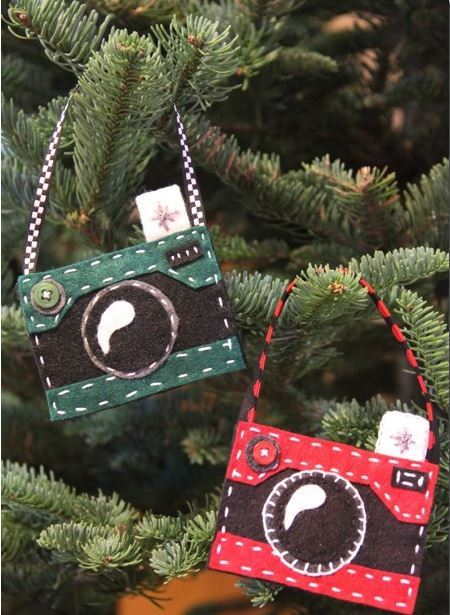 Felt Camera DIY Christmas Ornaments