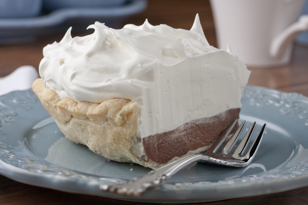 Chocolate Cream Pie | mrfood.com