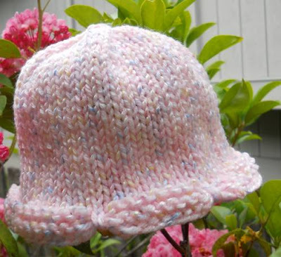 Free Knitting Pattern For Scalloped Edge : Scallop Edge Baby Hat
