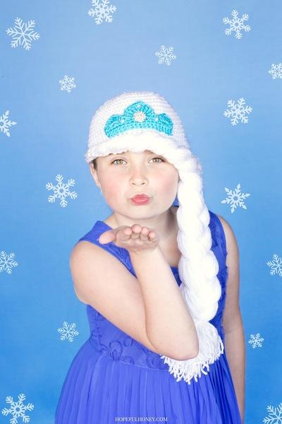 http://d2droglu4qf8st.cloudfront.net/2015/06/223116/Frozens-Princess-Elsa-Inspired-Hat-Crochet-Pattern_Large400_ID-1026968.jpg?v=1026968
