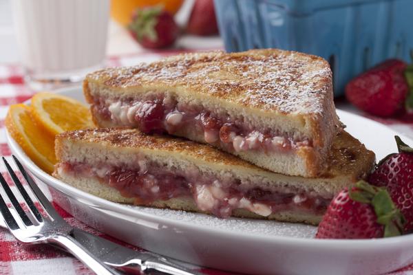 Strawberry Cheesecake French Toast | mrfood.com