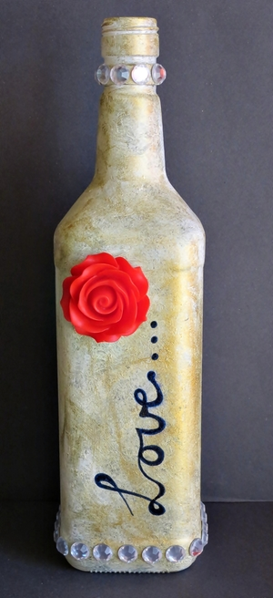 DIY Wine Bottle Centerpiece