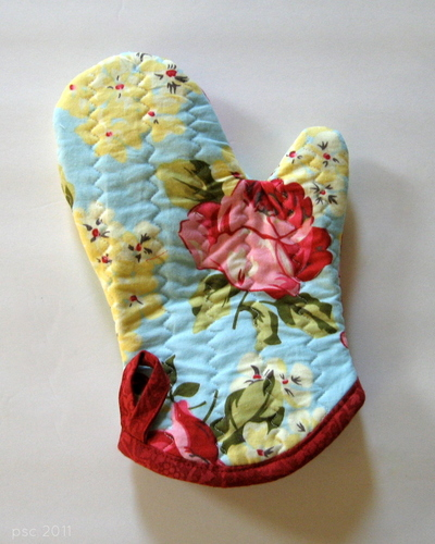 Favorite Quilted Oven Mitt