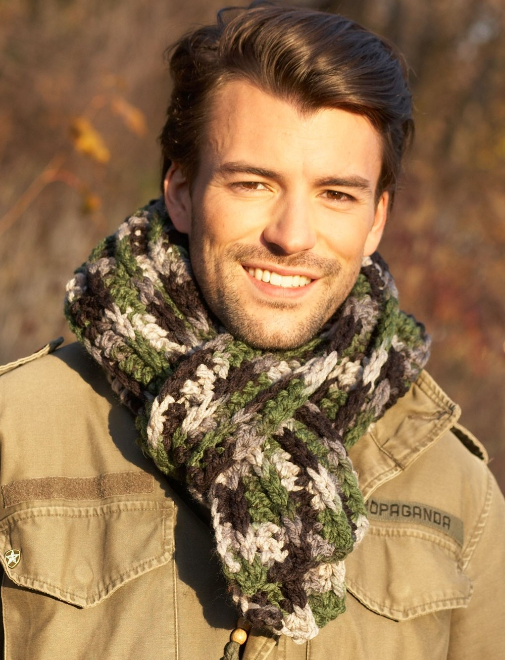 Rugged men s crochet scarf allfreecrochet com
